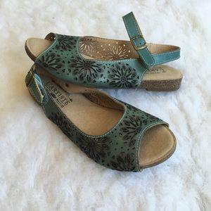 L'Artiste Shelia Wedge Sandals